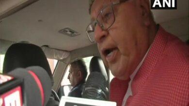 Photo of Talks must be held with Hurriyat leaders: Farooq Abdullah