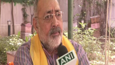 Photo of Giriraj Singh asks people to make 'population control law' a movement
