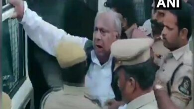 Photo of 2 Cong leaders arrested for trying to set up Ambedkar's statue in Hyderabad