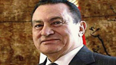 Photo of Ousted President Hosni Mubarak, 91, is alive and kicking while elected President Morsi, 67 is dead and gone