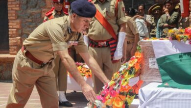 Photo of Wreath Laying Ceremony of SHO Arshid Khan
