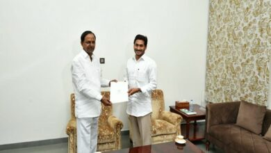 Photo of KCR meets Jagan, invites him for Kaleshwaram Project inauguration