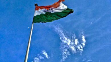 Photo of Indore Mayor stops singing national anthem, asks Vande Mataram instead