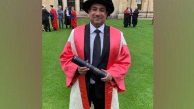 Photo of Rahat Fateh Ali Khan awarded honourary degree by Oxford University