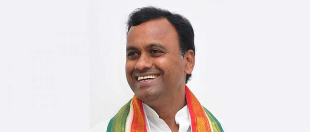 Congress MLA Rajagopal Reddy demands apology from party seniors