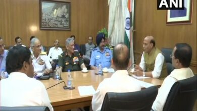 Photo of Rajnath Singh takes charge as Defence Minister