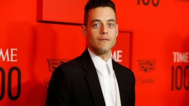 Photo of Rami Malek shuts rumours of trouble on James Bond set