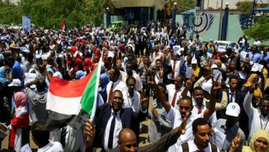Photo of Sudanese protestors 'totally' reject military demand to resume talks