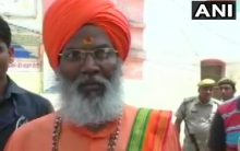 Sakshi Maharaj meets rape accused MLA, calls it as thanksgiving