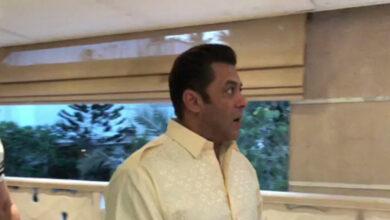 Photo of Salman Khan greets fans on Eid