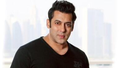 Photo of Salman Khan grooves on 'Urvasi' with Prabhudheva