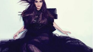 Photo of Sonam Kapoor Ahuja slays in an all black look on Filmfare cover