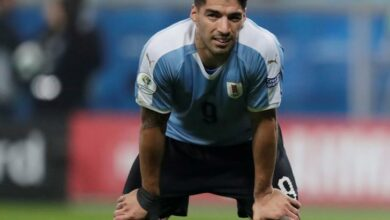 Photo of Suarez wants to correct mistakes after draw against Japan
