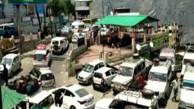 Photo of Chamoli-Badrinath highway jammed due to heavy influx of tourists