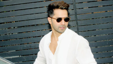 Photo of Varun's challenge to those who want 'flat tummy'