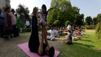 Photo of Maharashtra: World's smallest woman takes part in yoga day celebration in Nagpur