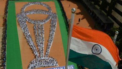 Photo of Chennai: Students perform Yoga in World Cup trophy formation