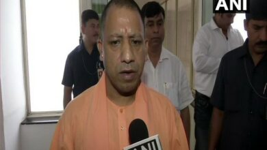 Photo of There should be no recurrence of spurious liquor incidents like Barabanki: Yogi to officials