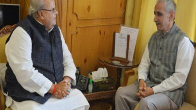 Photo of Dineshwar Sharma meets J-K Governor to discuss internal security situation, Amarnath Yatra arrangements