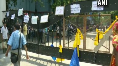 Photo of WB: Doctors' strike enters 2nd day, patients suffer