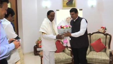 Photo of KCR invites Maharashtra CM Devendra Fadnavis for Kaleshwaram Project launch