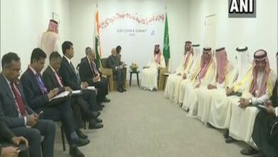 Photo of PM Narendra Modi meets Saudi Prince; discusses Hajj quota beside other issues