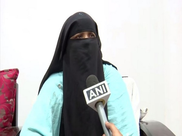 Hyderabadi man stranded in Riyadh, mother seeks Indian Embassy's help