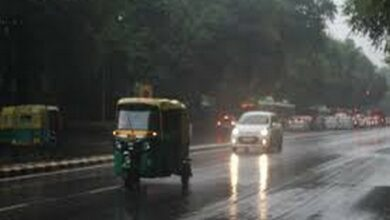 Photo of Delhi wakes up to rain