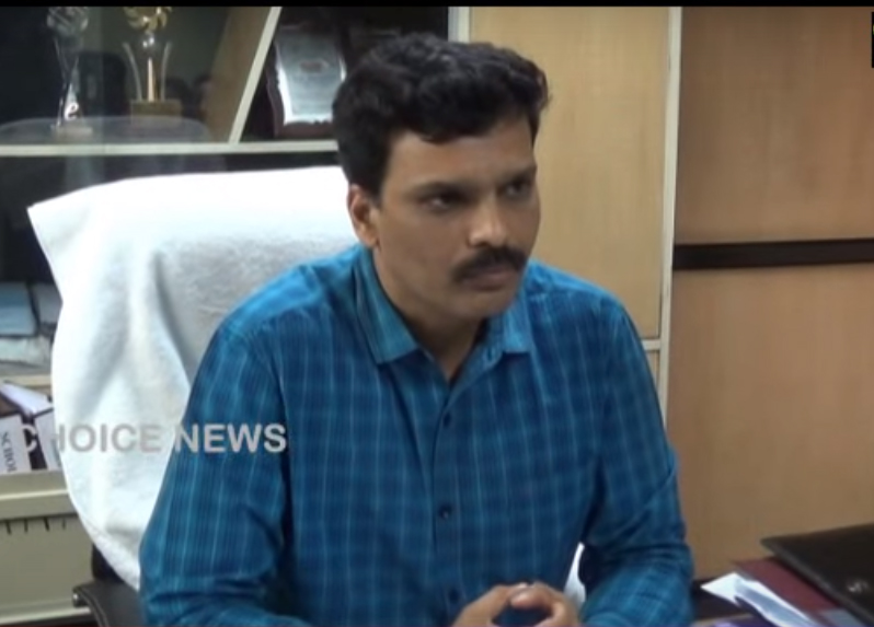 B Shafiullah assumes additional charge of Hajj Committee and Urdu Academy
