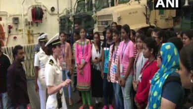 Photo of 30 students visit USS John Murtha from Vizag