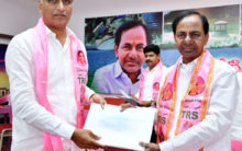 CM Handing over documents to the TRS District Presidents