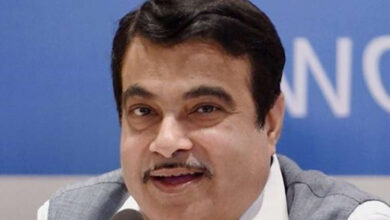 Photo of I met with an accident as driver had cataract: Gadkari