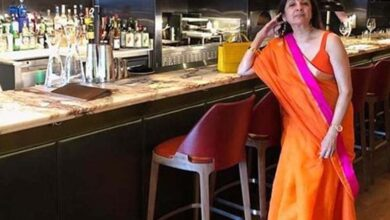 Photo of Ayushmann's on-screen mom Neena Gupta stuns in saree