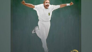 Photo of Allan Donald inducted into ICC Hall of Fame