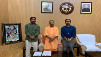 Photo of Anand Kumar meets UP CM, requests 'Super 30' be made tax-free