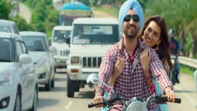 Photo of 'Arjun Patiala's 'compulsory love song' 'Sachiya Mohabbatan' is finally out