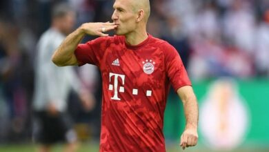 Photo of Arjen Robben announces retirement from football