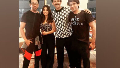 Photo of Ayushmann joins Bhumi's birthday celebrations in Lucknow