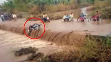 Photo of MP: Motorcyclist swept away in flood water in Khargone