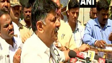 Photo of DK Shivakumar mulls legal action after being denied entry to Mumbai hotel