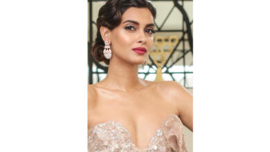 Photo of Diana Penty shines on the ramp at ICW 2019