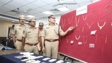 Photo of 3 burglars nabbed; police recovered Rs. 24 Lakh