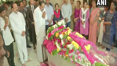 Photo of Telangana: Vice President pays last respects to Jaipal Reddy
