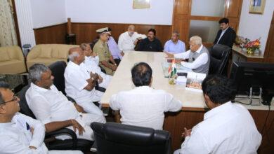 Photo of Karnataka crisis: Bid to pacify rebels and save government