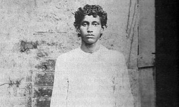 Photo of Freedom fighter Khudiram Bose linked with terrorism; Bengal govt to review history textbook