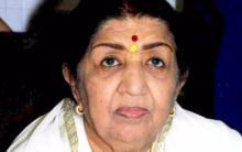 Please don't retire: Legendary singer Lata Mangeshkar requests Dhoni