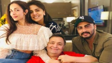 Photo of Malaika Arora, Arjun Kapoor visit Rishi Kapoor in NYC