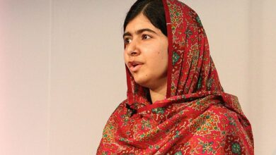 Photo of Canadian politician's photo with Malala sparks criticism