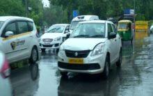 Showers lash Delhi-NCR, traffic snarls annoy office goers
