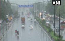 Heavy rains delay flight operations at Mumbai international airport